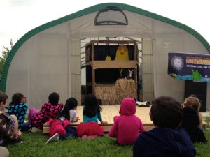 Chicken BIG Puppet Show